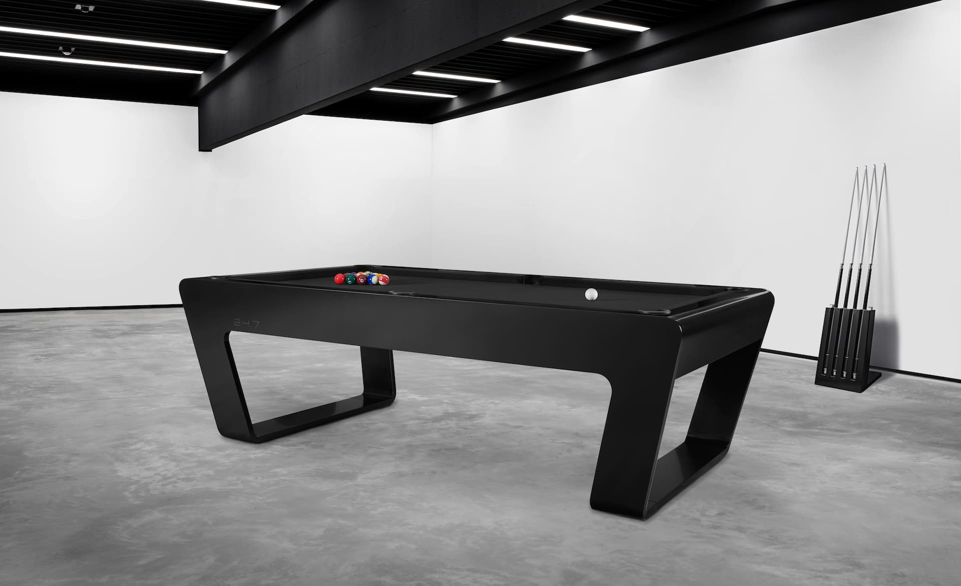 Luxury 247 pool table