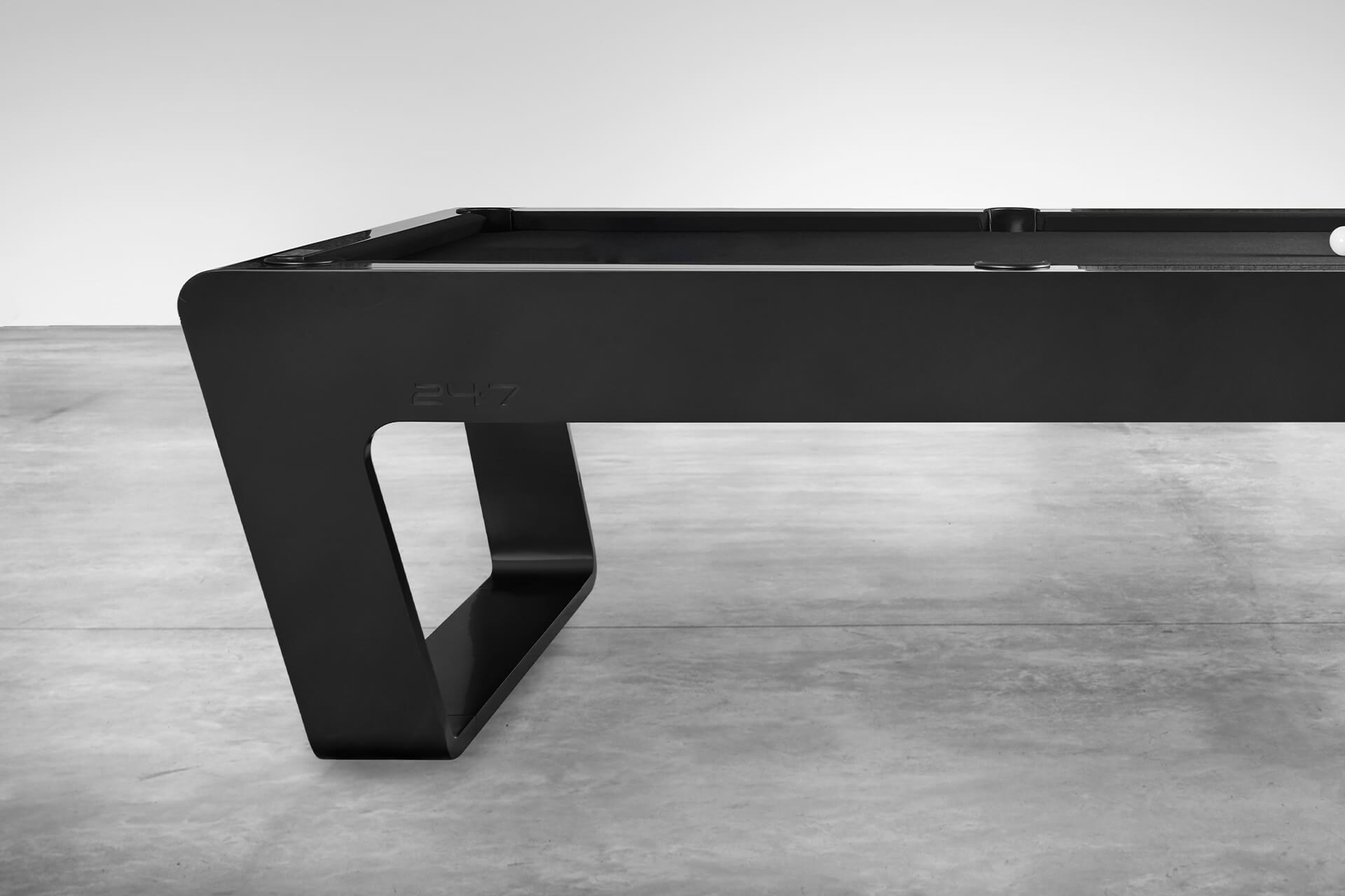 Luxury Pool Table in black